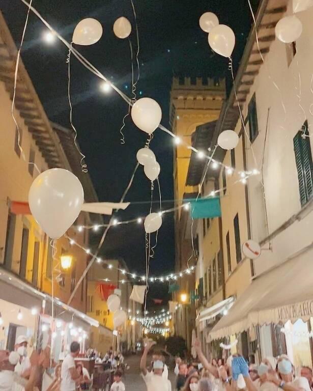 palloncini bianchi Ludovica Montecarlo