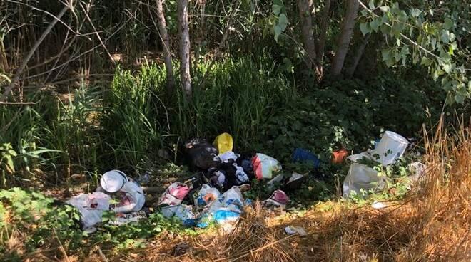 rifiuti Massarosa