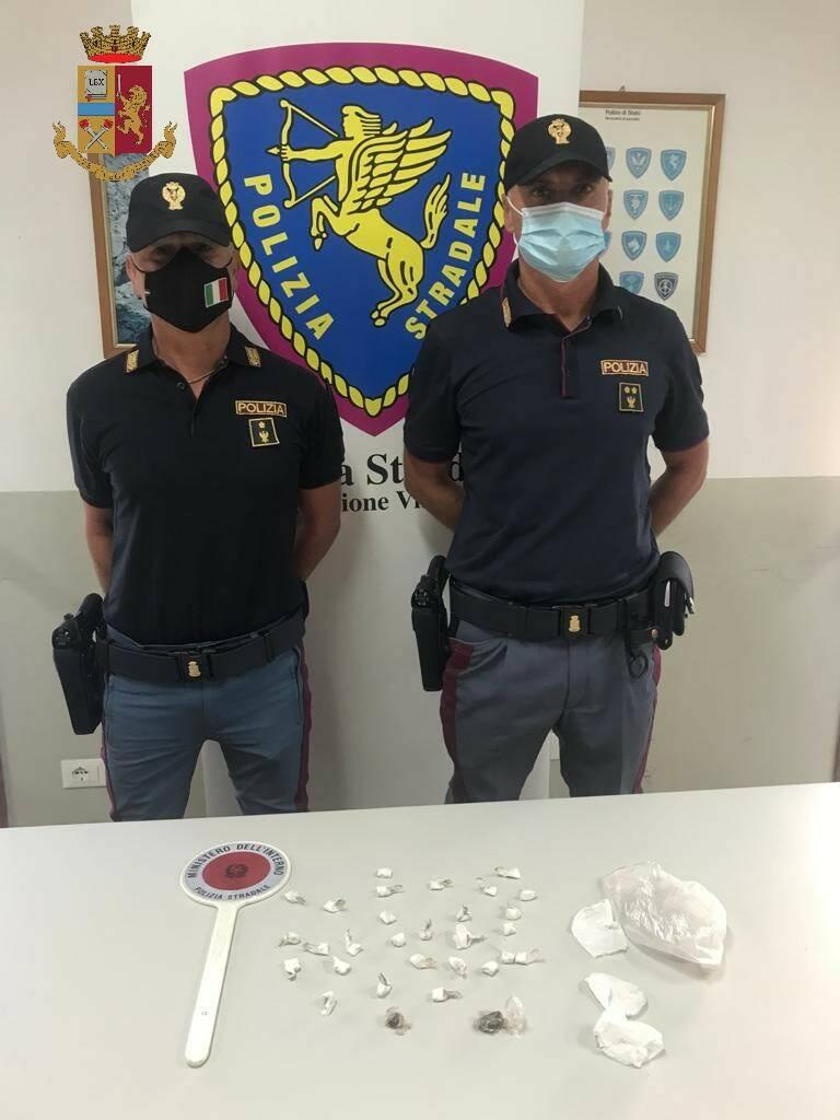 arresto droga Polstrada Viareggio