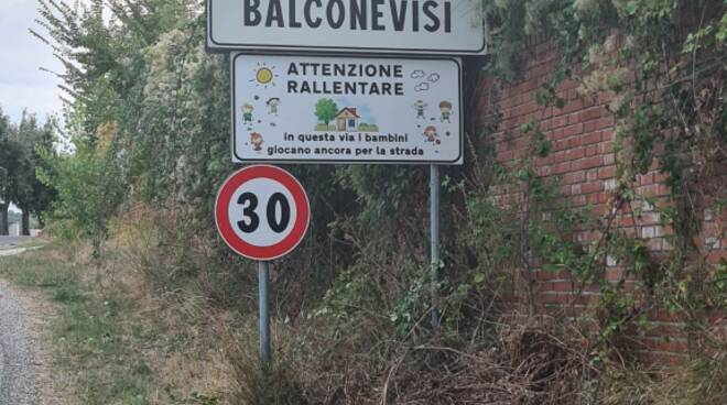 Balconevisi e Stibbio di San Miniato, arrivano i cartelli per i bambini che giocano in strada
