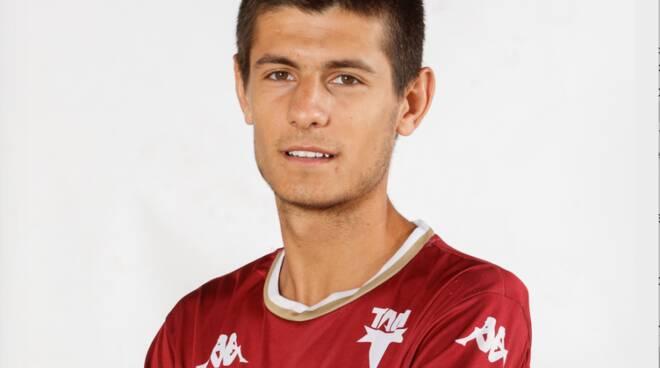 Lorenzo Pardini difensore terzino Tau Calcio