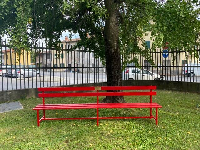 panchina rossa al palatagliate