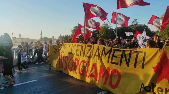 potere al popolo manifestazione Gkn Firenze