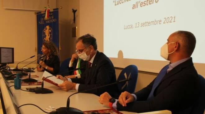 premiazione 2021 Lucchesi che si sono distinti all'estero Lucca