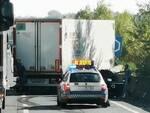 camion intraversato in fipili