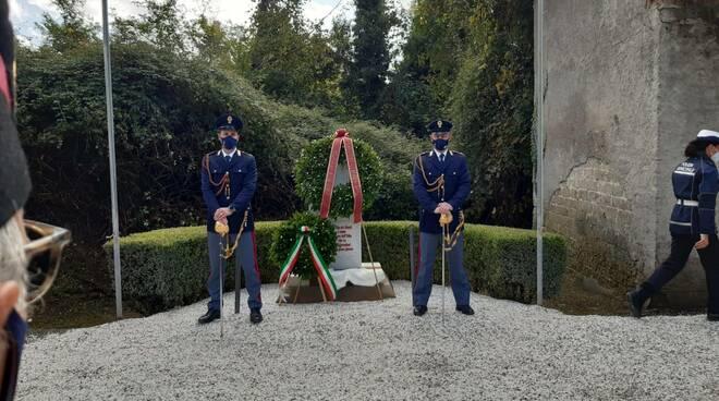 cerimonia polizia querceta