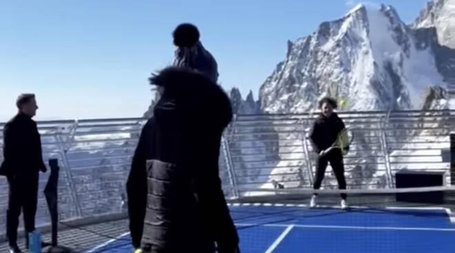 Paolini Samsonova Monte Bianco palleggio