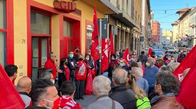 presidio Cgil Pisa assalto sede nazionale no green pass